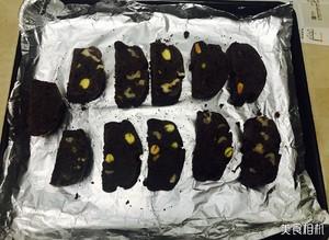 巧克力开心果核桃Biscotti的做法 步骤6