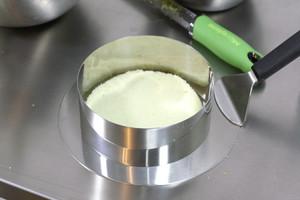 百香果慕斯蛋糕的做法 步骤10
