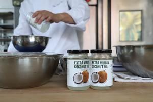 养身椰子油芝麻枸杞软欧的做法 步骤2