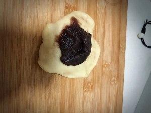 红豆面包的做法 步骤7