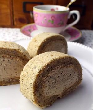 奶茶慕斯蛋糕卷的做法 步骤12
