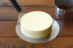 百香果慕斯蛋糕的做法 步骤13
