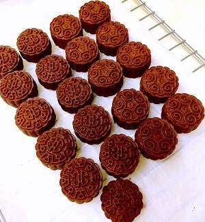 好吃的巧克力月饼的做法 步骤12