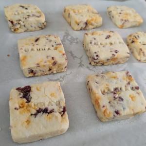 蔓越莓蛋黄酥的做法 步骤7