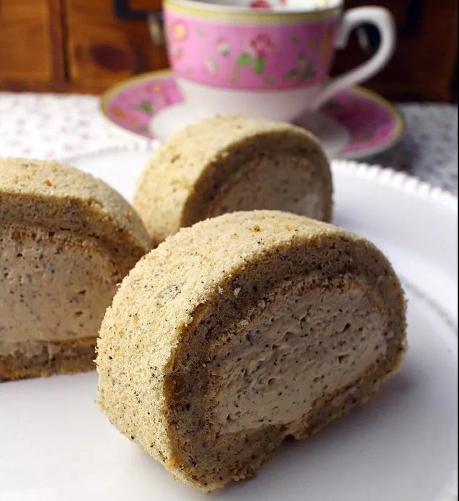 奶茶慕斯蛋糕卷的做法
