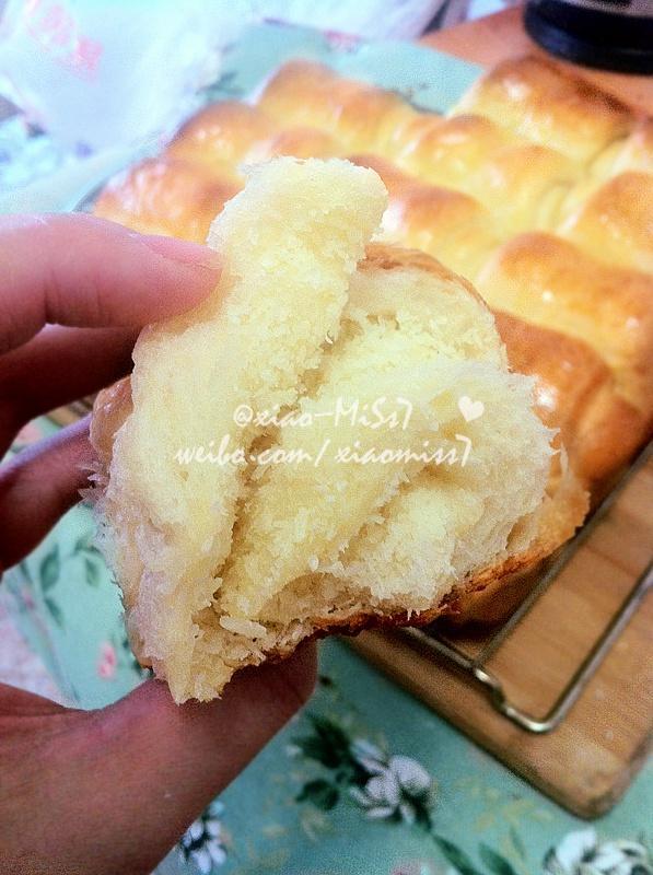 椰蓉面包卷的做法 步骤16