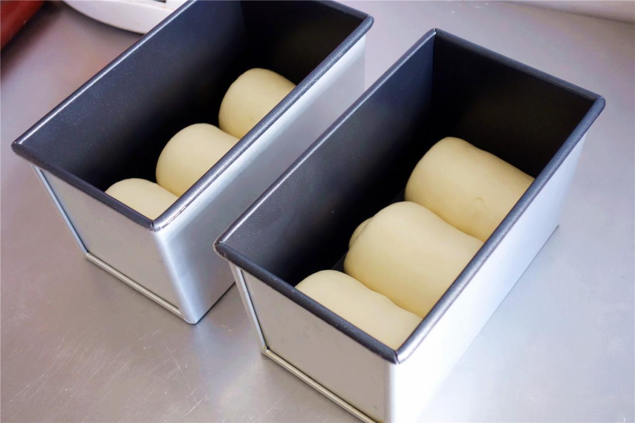 酸奶奶油吐司的做法 步骤14