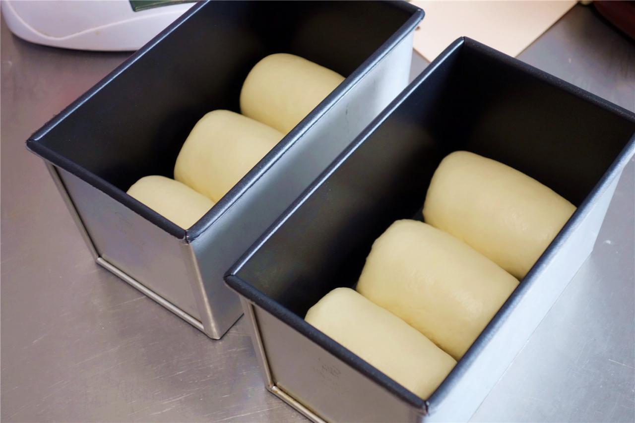 波兰种牛奶吐司的做法 步骤16