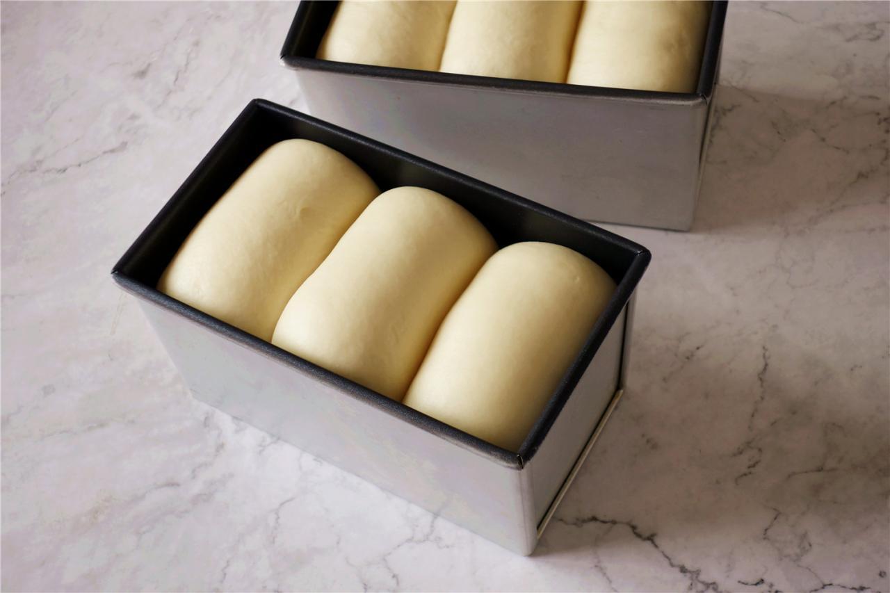 酸奶奶油吐司的做法 步骤16