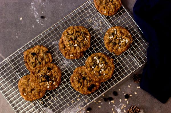 燕麦葡萄干曲奇-饼干做法大全烤箱