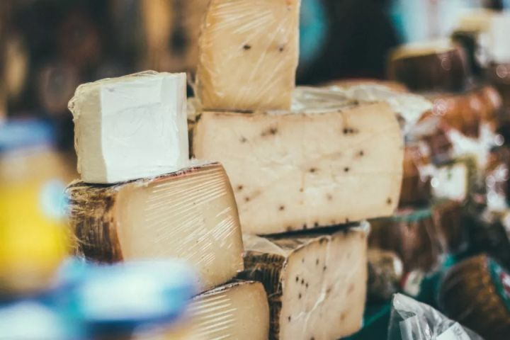 吃奶酪为什么能减肥?你还不懂的奶酪知识!