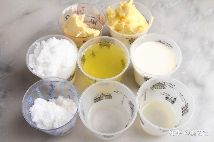 奶油霜吃多会腻?3款高级奶油霜配方帮你搞定!