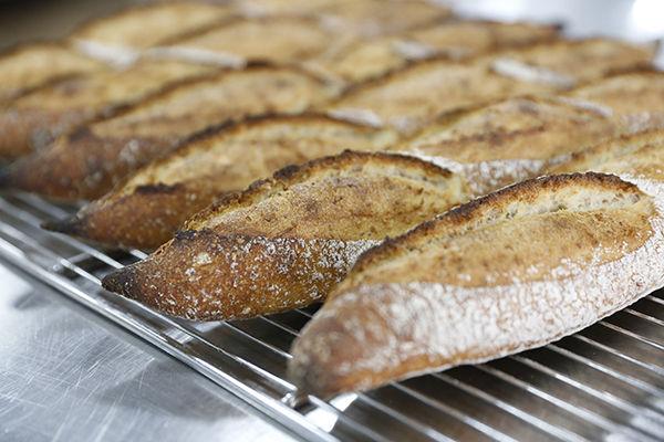 如何让面包更有卖相?三种割纹小技巧