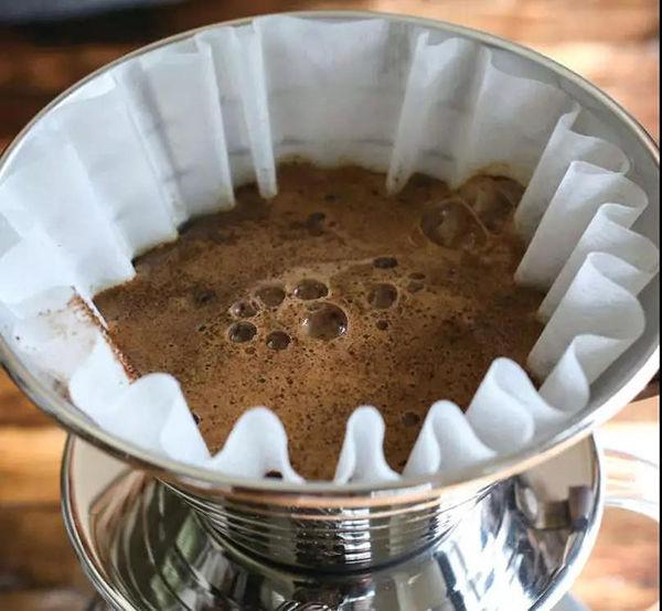 如何做出2000杯中只有1%成功率的手冲咖啡?3个阶段...