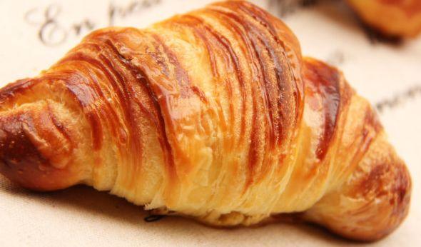 如何解决制作面包过程中遇到的困难?