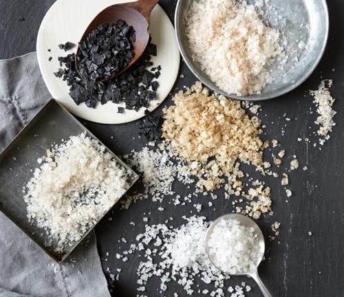同样是盐,凭什么高档盐要比普通食盐贵200倍?