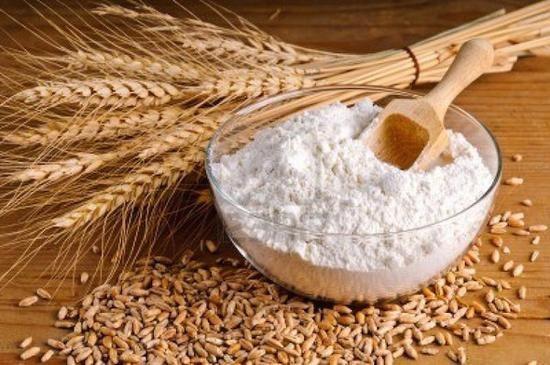 为什么有些面包要加低筋面粉