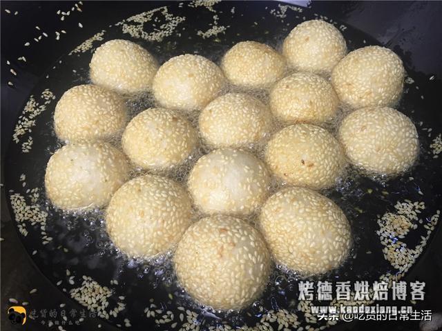 糯米粉的新做法,不塌陷,不开裂,个个金黄酥脆,一锅不够吃