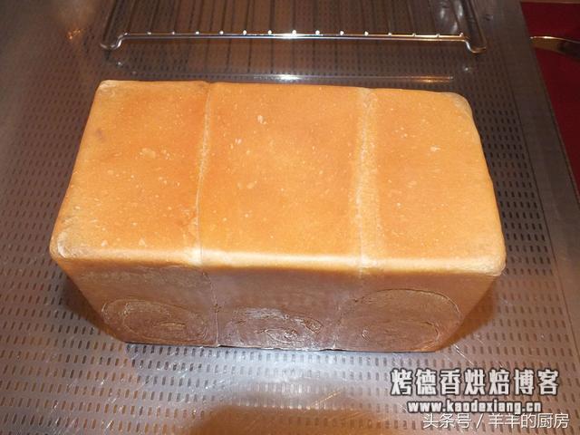 史上最详细手工揉面方法,窍门、手法全在里面,包你做出成功面包