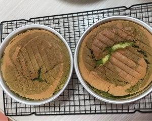 六寸抹茶戚风蛋糕胚,不回缩不塌陷的做法 步骤10