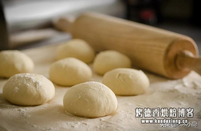 在家做面包老是失败,从发酵到烘焙,这一步一定不能搞错
