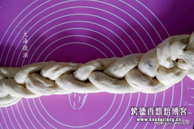 只要稍加干预,面包机也能玩花样,柔软拉丝好吃到停不下来