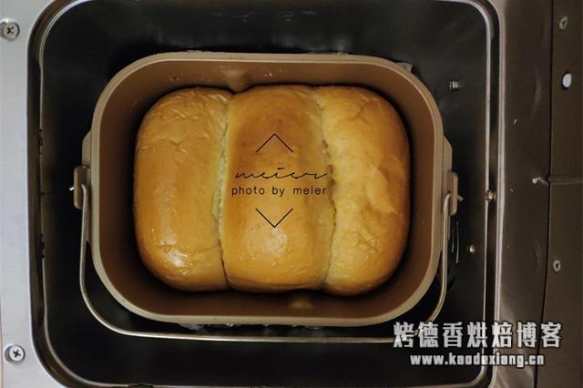 教你用面包机做出松软香甜的面包,过程详细,跟着做你也行!
