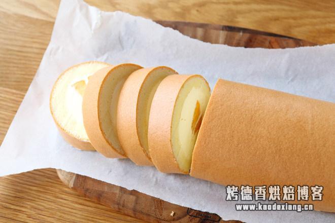 黄桃蛋糕卷(小四卷)的做法