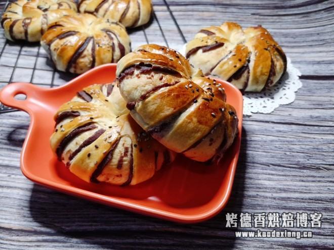 红豆沙面包卷的做法