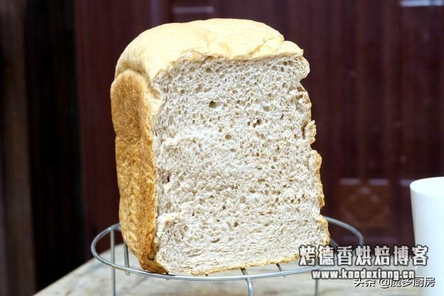 面包机别闲置,一键做出无油低糖健康大面包,坐享其成还被全家夸