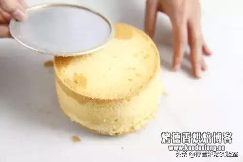 蛋糕脱模总掉渣?这篇脱模技巧一定要收藏