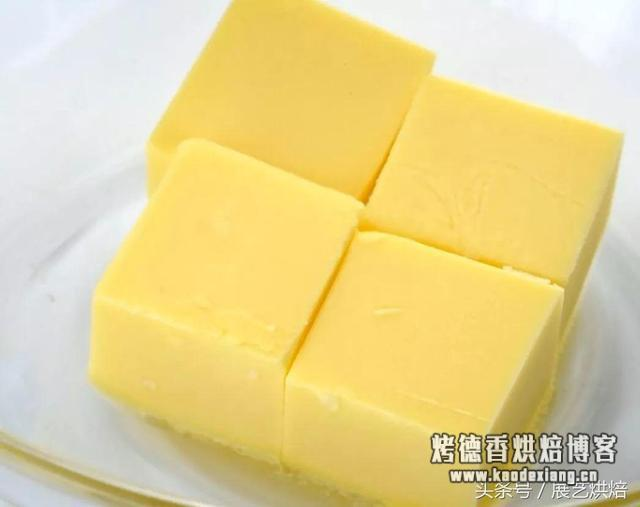 黄油如何打发?│ 烘焙课堂